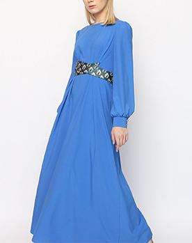 Платье в пол с жаккардовым поясом